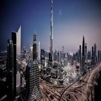 مجلة فرنسية تصف دبي بـغسالة العالم للأموال القذرة!