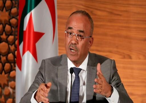 رويترز: استقالة وشيكة لرئيس الوزراء الجزائري