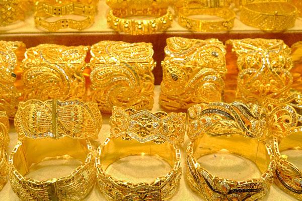 تراجع أسعار الذهب بعد حادثي تركيا وألمانيا