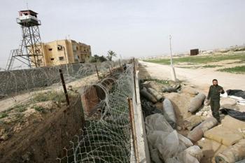 مصر تزيد عمق المنطقة العازلة على حدود غزة إلى كيلومتر