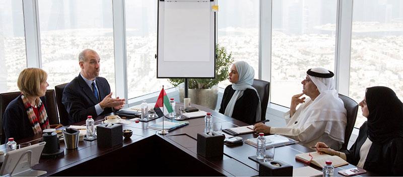 المدراء في الإمارات الأعلى أجرا في الشرق الأوسط وشمال أفريقيا