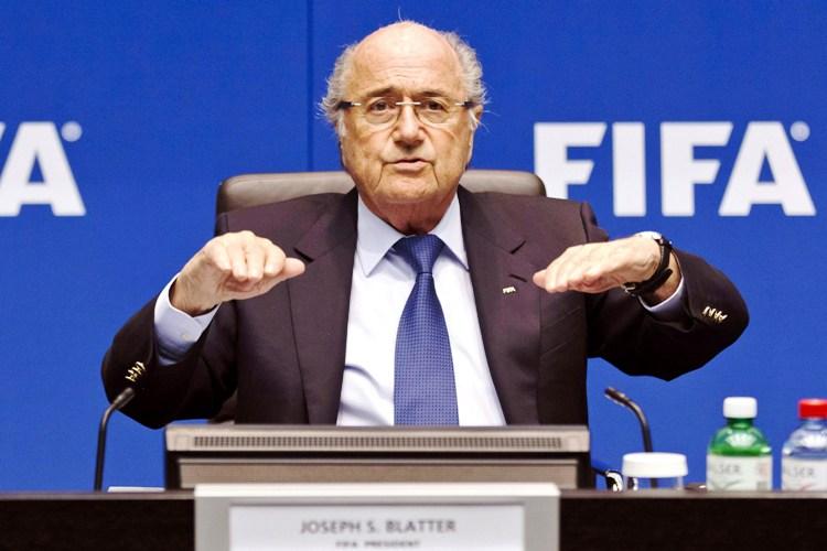 بلاتر : بطولة كأس العالم في روسيا قادرة على تحقيق الاستقرار