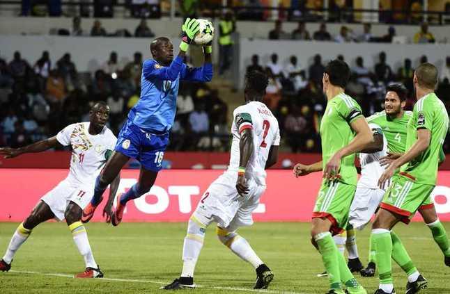 الجزائر تودع كأس الأمم بعد التعادل مع السنغال