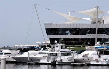 دبي تحظر قيادة الوسائل البحرية دون رخصة اعتبارا من يناير 2015