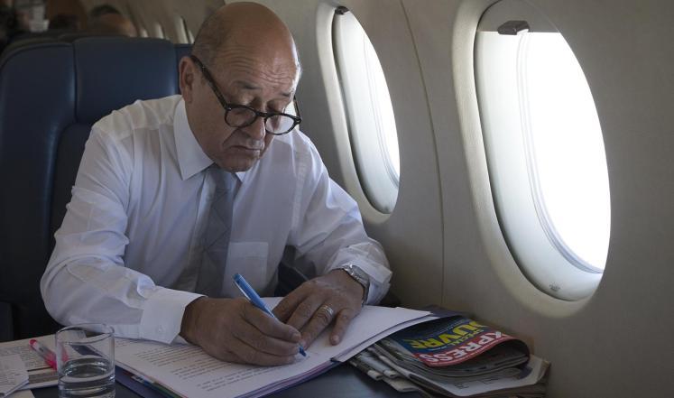 وزير الدفاع الفرنسي يزور الإمارات الاثنين