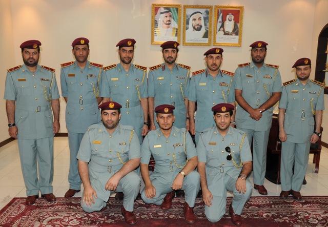 تكريم رئيس وأعضاء اللجنة المنظمة لأسبوع المرور الخليجي