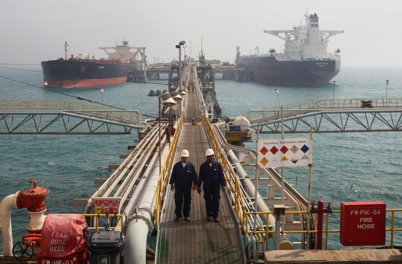 مساعٍ لإنهاء إجراءات تصدير مليون برميل نفط عراقي إلى مصر