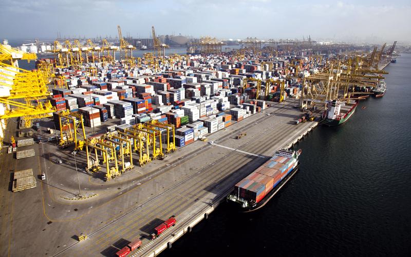 10 مزايا أساسية لشركات إعادة التصدير العاملة من دبي
