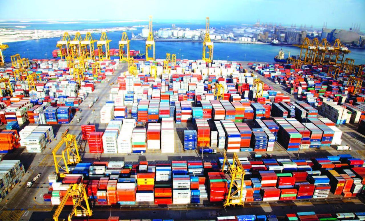 الإمارات وتركيا تبحثان تعزيز الاستثمارات والتبادل التجاري