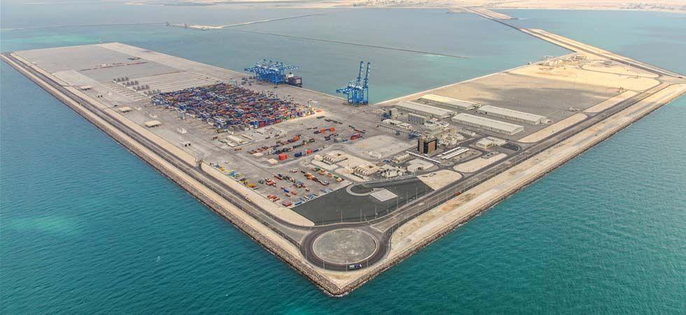 خليفة يصدر قانوناً لتأسيس شركة أبوظبي للموانئ البحرية