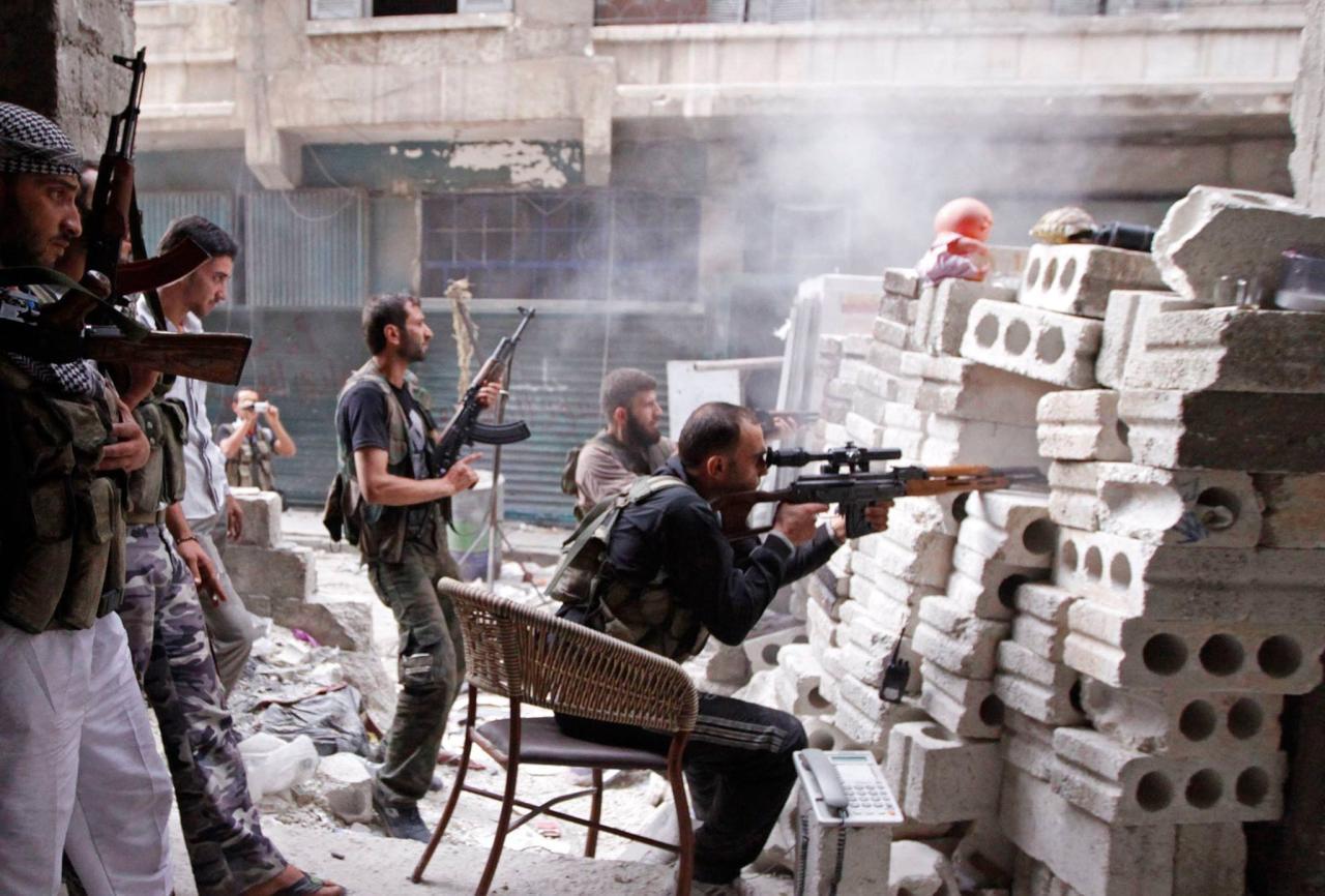رغم مزاعم نصر الله.. حزب الله الإرهابي يرفض الاستمرار بمعارك حلب