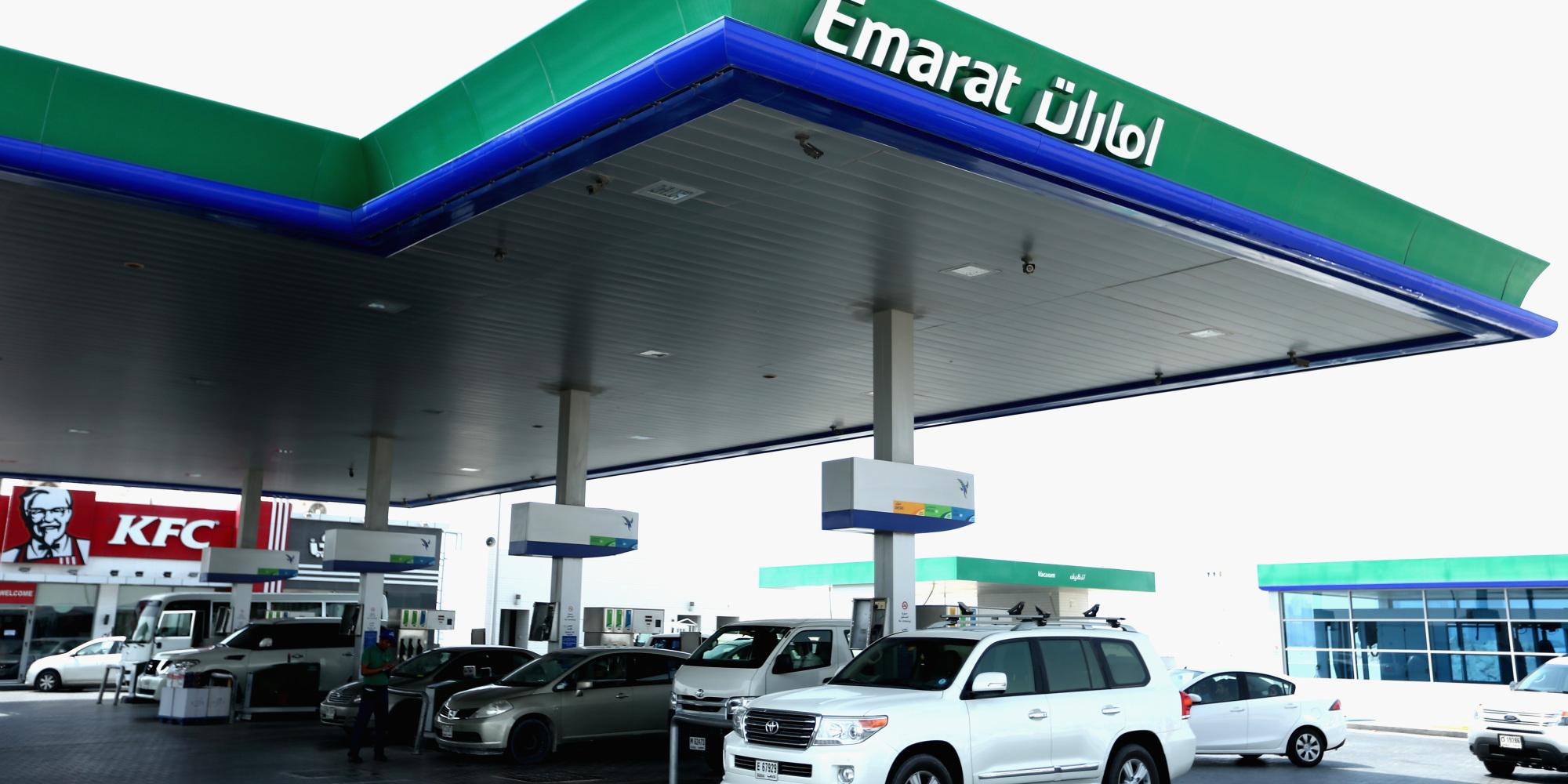تخفيض أسعار البنزين ورفع الديزل الشهر القادم