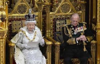 """لندن تشرع قوانين لتقييد الهجرة وإغلاق مقرات وقنوات """"متطرفة"""""""