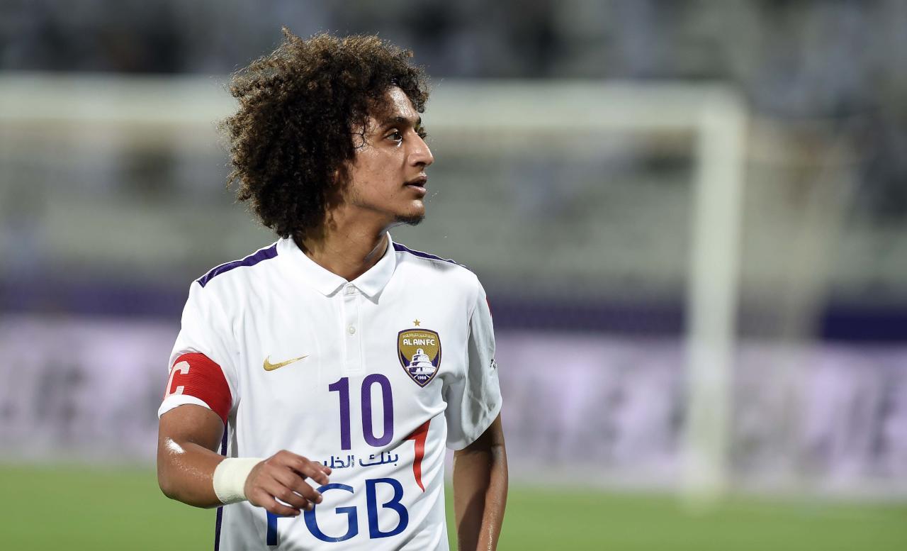 """""""عموري"""" يتوج بجائزة أفضل لاعب عربي في 2015"""