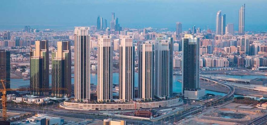 """مؤشرات """"سكون"""" اقتصادي في أبوظبي"""