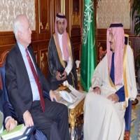 جون ماكين يعقد 3 لقاءات مع 3 أمراء سعوديين