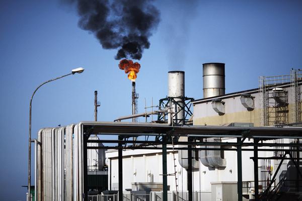 أسعار النفط ترتفع من جديد