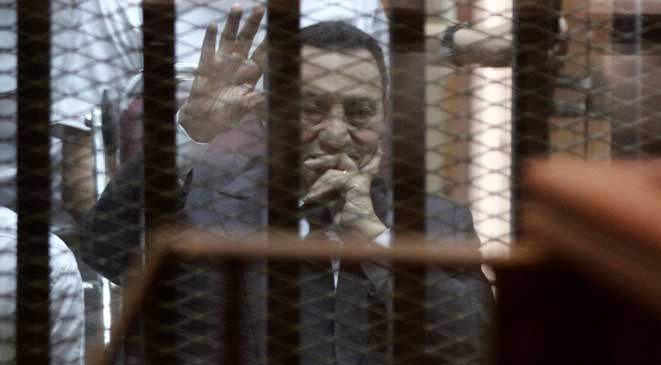 القضاء المصري يصدر حكمه اليوم على حسني مبارك