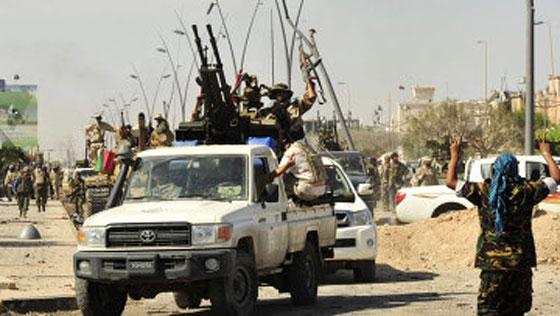 معارك بنغازي تحصد نحو 340 قتيلا خلال شهر