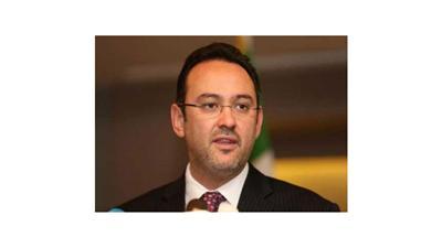 مصر تمنع وزير خارجية المعارضة السورية من الدخول وتقرر ترحيله