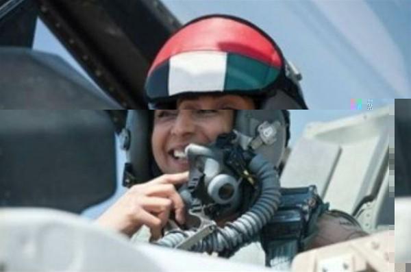 """هل شاركت الإماراتية مريم المنصوري في ضرب """"الدولة الإسلامية"""" في سوريا؟"""