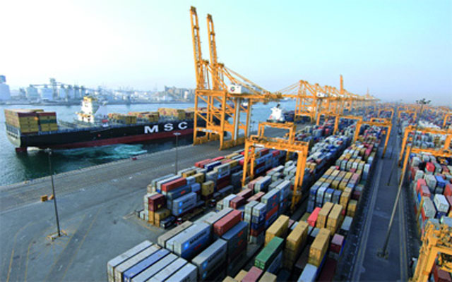 256 مليار درهم التجارة غير النفطية لدولة الإمارات
