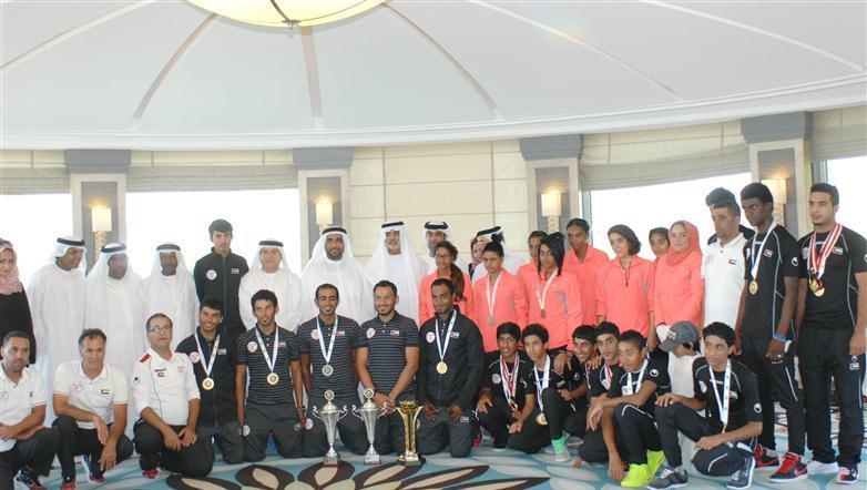 وزير الثقافة يستقبل اتحاد الإمارات للدراجات