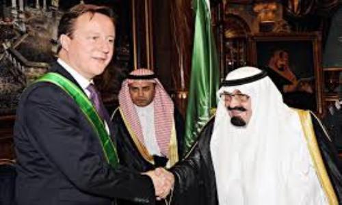 """الجارديان: كاميرون يسترضي الرياض في """"تحقيقات الإخوان"""""""
