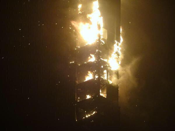 """حريق هائل يلتهم برج """"تورتش"""" السكني"""