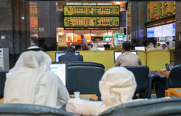 """ضغوط بيع تهبط بمؤشر سوق """"دبي"""" بنسبة 17%"""