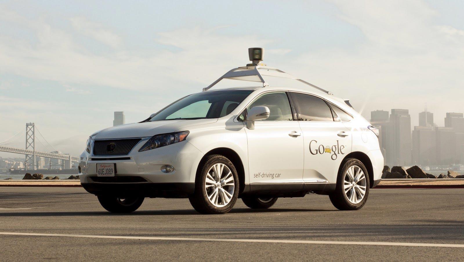 جوجل تعترف بمسؤوليتها في حادث تصادم سيارة ذاتية القيادة بحافلة