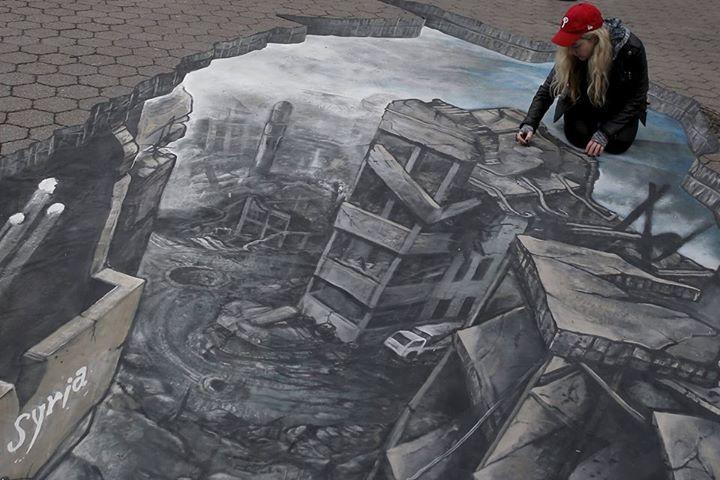 فنانة أمريكية تجسد مأساة سوريا بلوحات في شوارع نيويورك