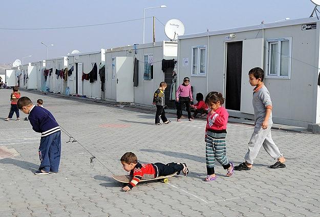 أكثر من 900 الف لاجئ سوري في تركيا