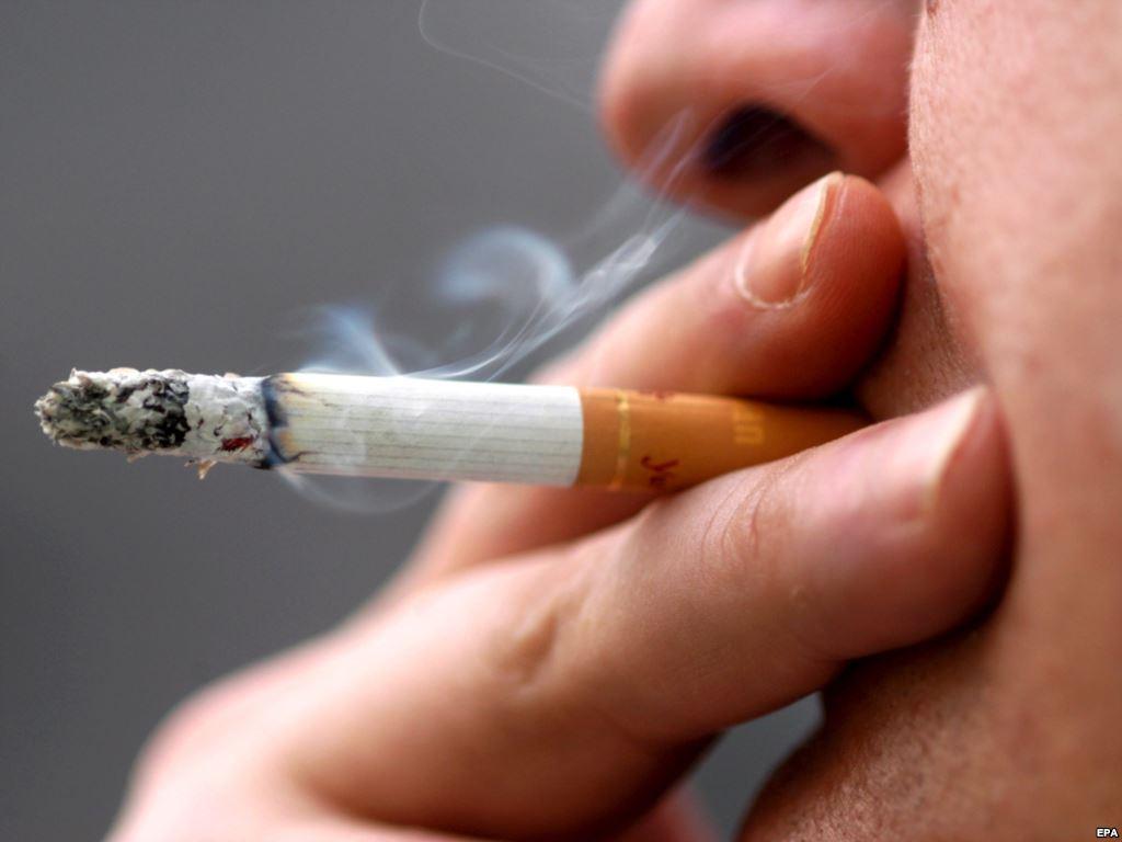 التدخين يؤثر سلبا على الدماغ