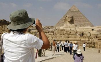 تراجع إيرادات السياحة في مصر بنسبة 43 %