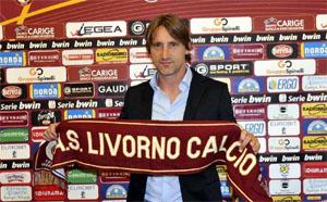 ليفورنو الايطالي يقيل مدربه ويعيد مدربه السابق نيكولا