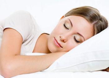 نوع طعامك يحدد طبيعة نومك