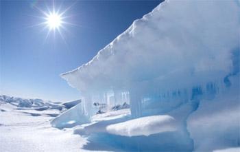 علماء: جليد القطب الشمالي سيذوب بحلول 2030