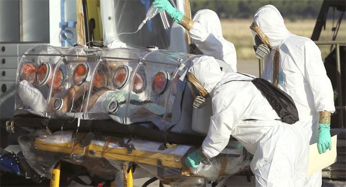الصحة العالمية تعلن تراجع إيبولا لأول مرة