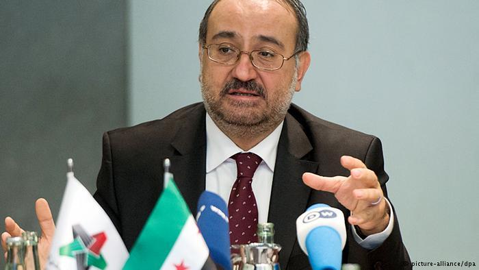 الإئتلاف السوري يقيل طعمة وحكومته المؤقتة