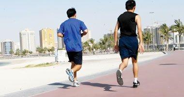 دراسة: المشي أكثر من 30 دقيقة يوميًا يقيك من أمراض القلب