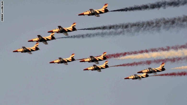 وصول تشكيلة من المقاتلات المصرية إلى البحرين