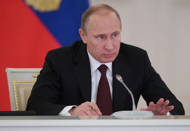 بوتين: الدول الغربية خلقت الأزمة الأوكرانية