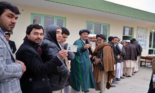 الأفغان يختارون رئيسهم الجديد