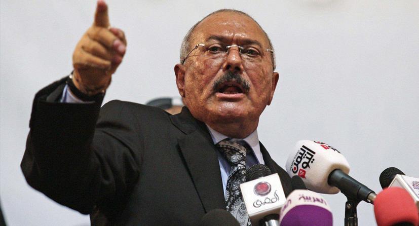 """صالح يلمح """"للحصانة"""" للتخلي عن الحوثي"""