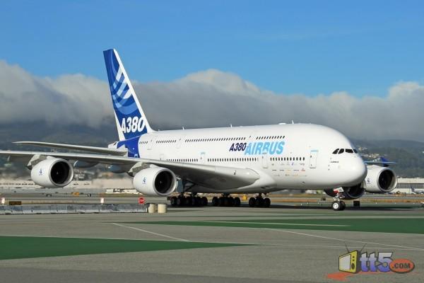 إيران تنوي شراء 400 طائرة حال رفع العقوبات