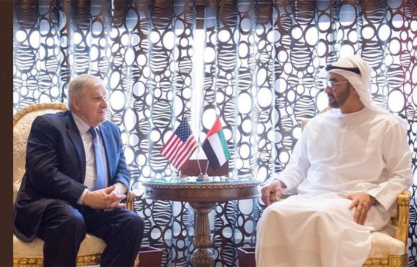 بحضور أمني طاغٍ.. محمد بن زايد يستقبل مبعوث وزير الخارجية الأمريكي