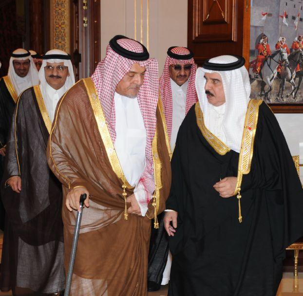التحركات السعودية توشك على انهاء الخلاف الخليجي