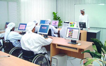 الإمارات تعد خططا للحد من بطالة ذوي الإعاقة