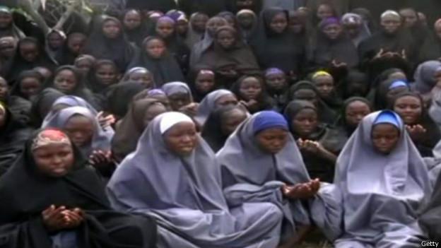 """""""بوكو حرام"""" تشترط إطلاق سجنائها مقابل الفتيات"""